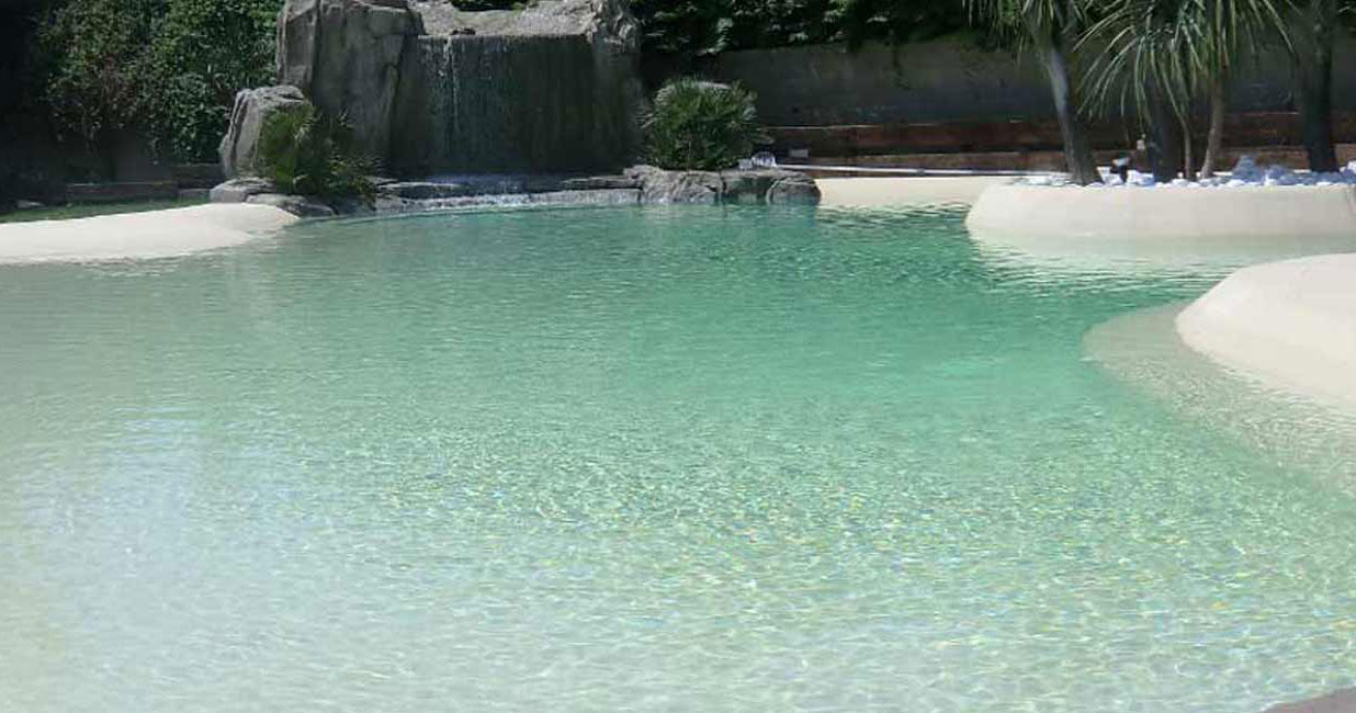 Biopiscine prezzi biopiscina piscina naturale ibrida for Rocce per giardino prezzi